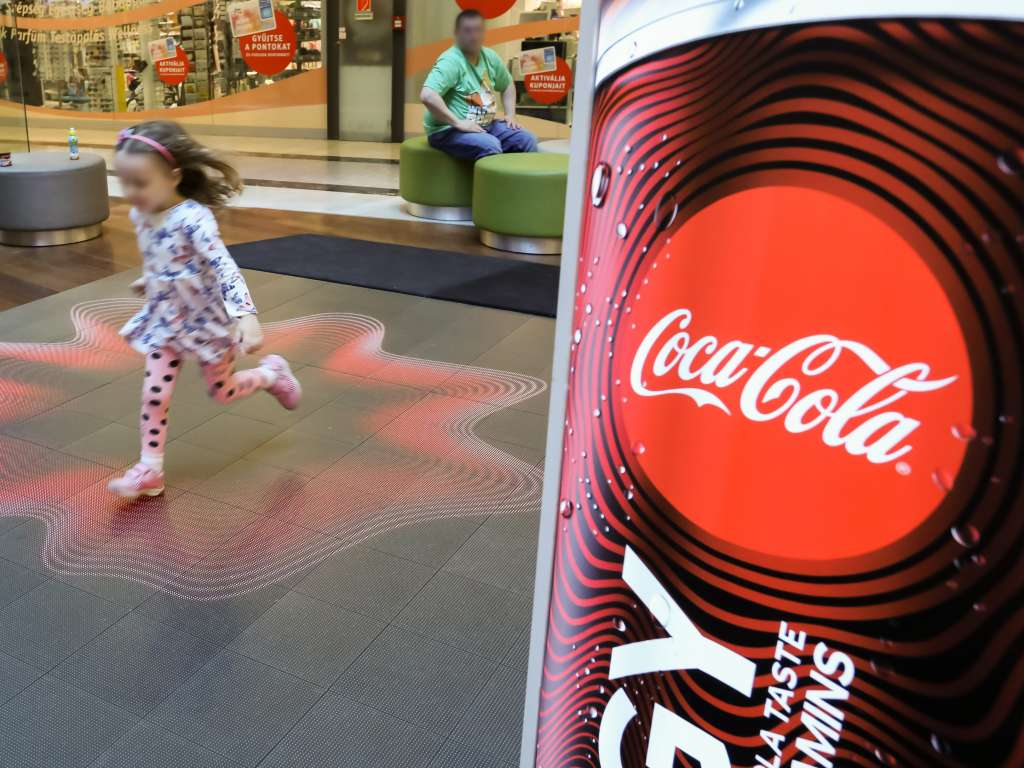 Coca-Cola Energy Tour / Installation of Indoor LED floor and LED Wall